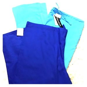 Other - 2pairs of extra large Scrubs.